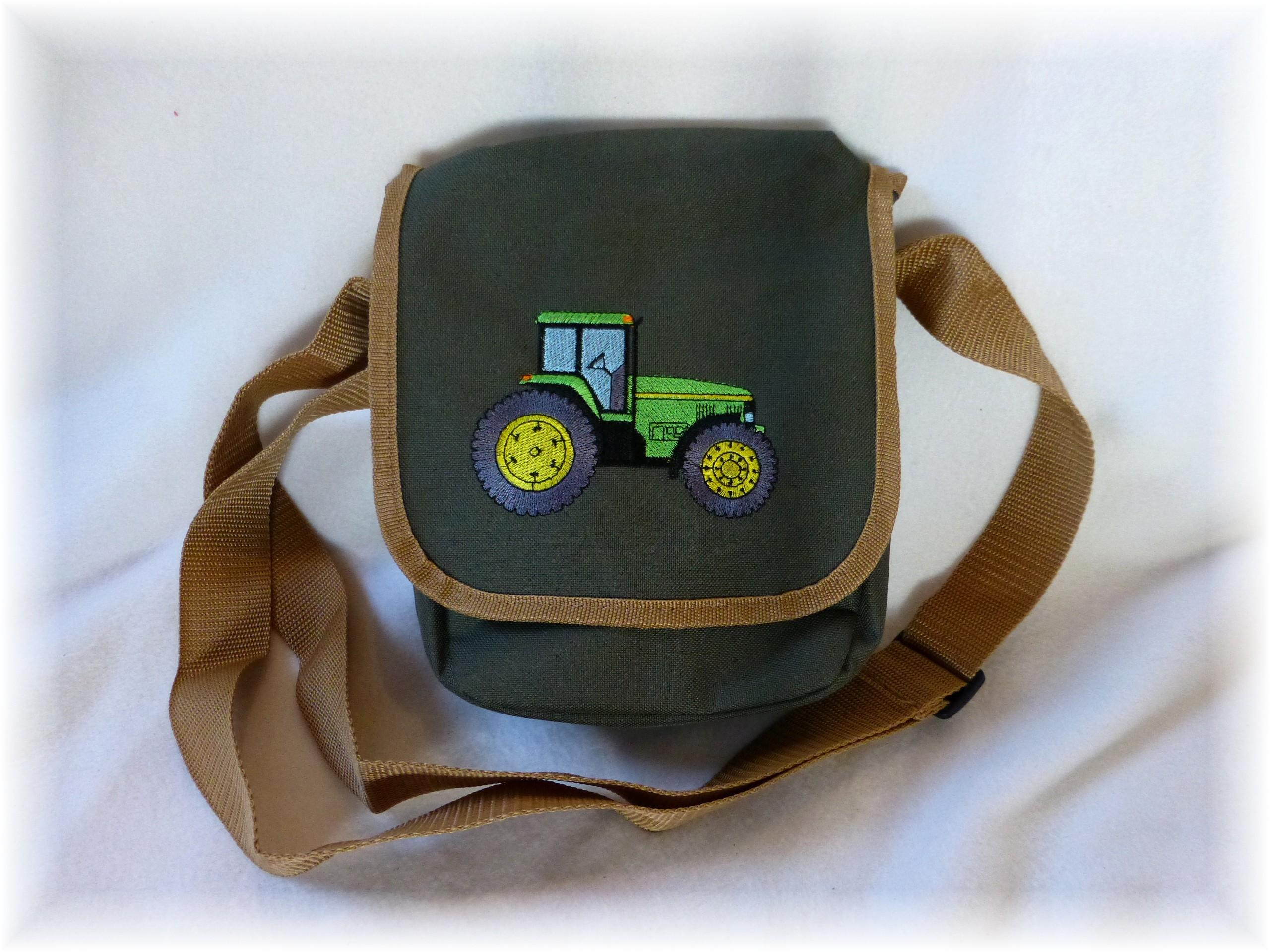 fuxis krabbelschuhe fuxis kindergartentasche traktor trecker. Black Bedroom Furniture Sets. Home Design Ideas